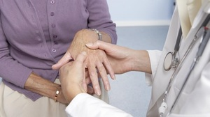 Описание патологии ревматоидного артрита у женщин