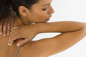 Как бороться с прыщами на спине
