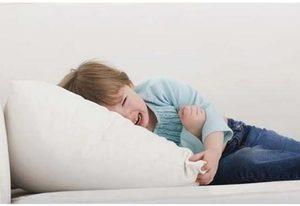 Болит живот выше пупка что делать ребенку 5 лет 172