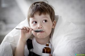 Первая помощь при детском кашле и лечение