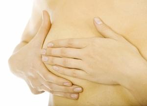 Уплотнение в грудных железах у женщин