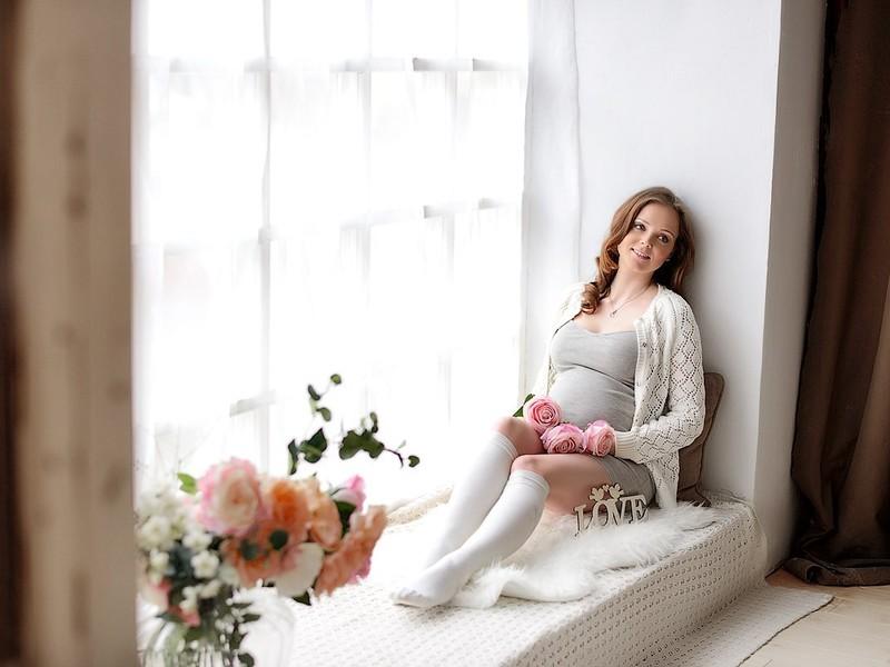 Фотосессия беременной в студии идеи фото